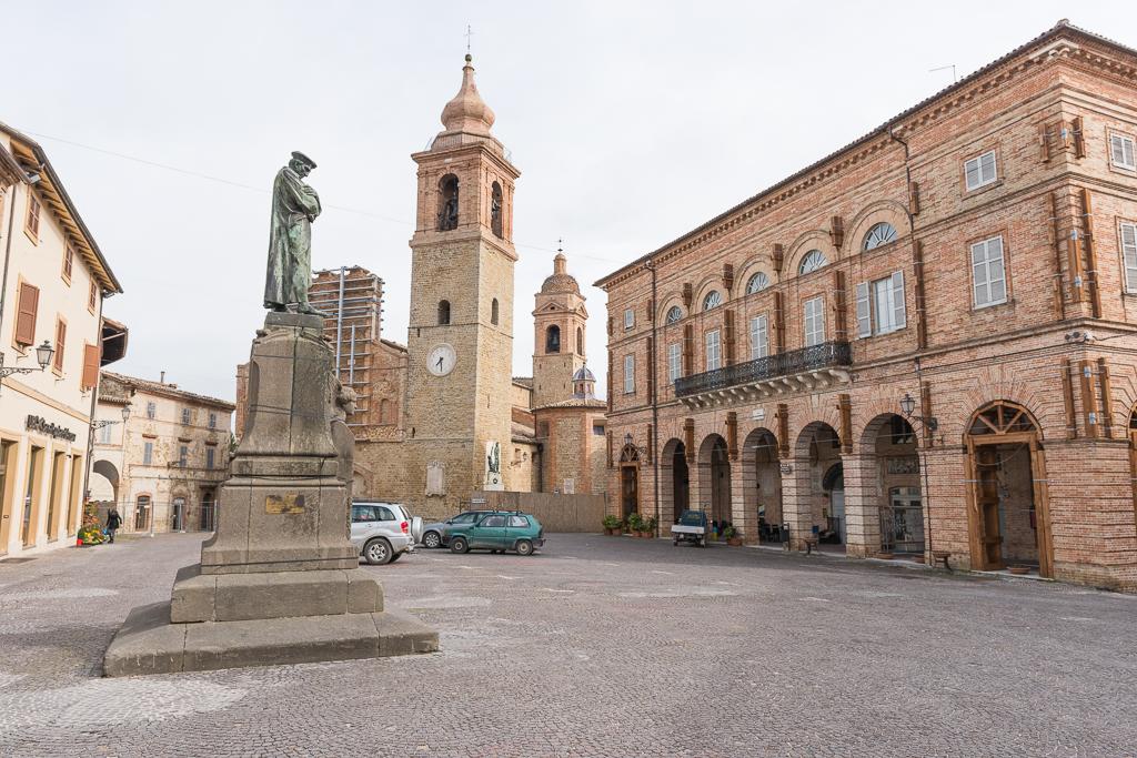 San Ginesio's Piazza Gentili. Photo courtesy of Heather von Bargen